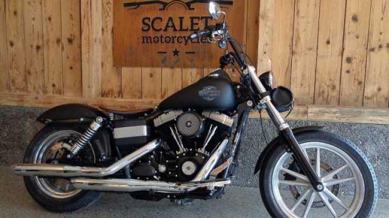 Harley-Davidson FXDB Street Bob  - 1
