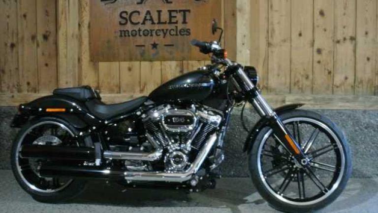 Harley-Davidson FXBRS Breakout 114  - 1