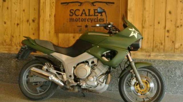 Yamaha TDM 850  - 1